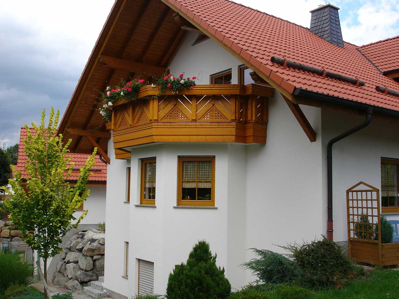 Ferienwohnung Freudensprung - Außenansicht vom Haus mit Balkon - Ansicht 1