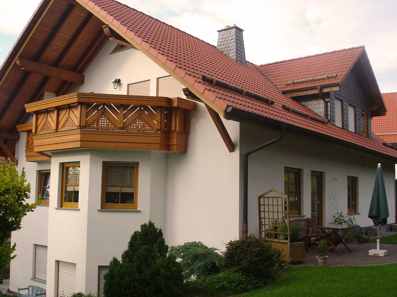 Ferienwohnung Freudensprung - Haus Außenansicht mit Balkon