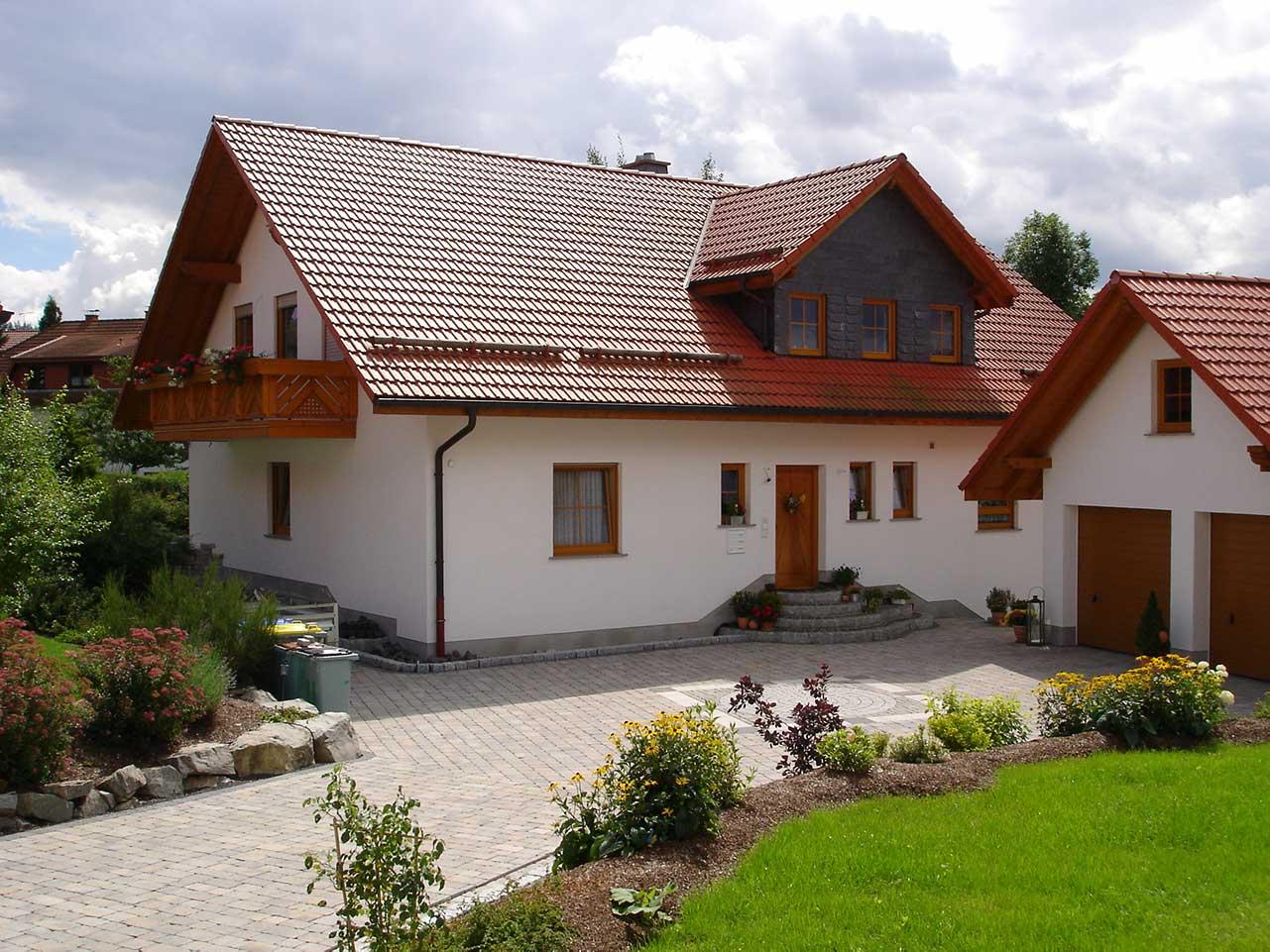 Ferienwohnung Freudensprung - Haus Außenansicht, Einfahrt und Eingang